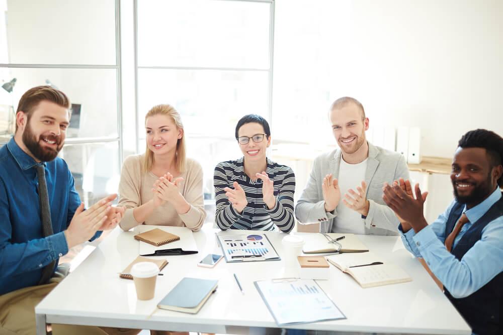 Descubra as 4 principais vantagens de contar com um fornecedor engajado